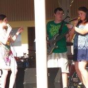 The girls of jabberwocky having some fun while singing