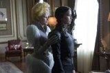"""Jennifer Lawrence Dominates Enticing """"Mockingjay Part 2,"""" Finds Little Room for Feminine"""