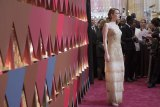 Best Actress Emma Stone on Red Carpet