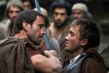 "FIRST LOOK: ""Hatfields & McCoys"" Director Stays Accurate in ""Risen"""