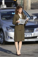 "Sandra Bullock on NYC set of ""Extremely Loud Extremely Close"""