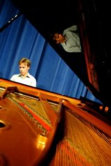 Music professors to perform on historical instruments during free performance