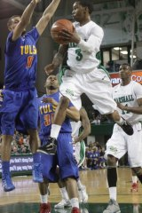 Marshall Performance Electrifying in Tulsa Basketball Win