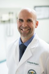 Fellowship-trained joint replacement specialist joins Marshall Orthopaedics