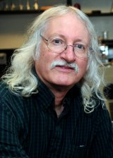 Dr. Michael Norton