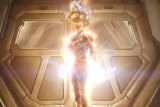"""REVIEW ...Overcoming Story Clutter,  Mar-Vell Radiates as Super Nova  in it's Galactic """"Origin"""" , Laying Clever """"Easter Eggs"""""""