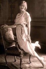 Huguette Clark's Debutante photograph