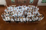 School of Medicine welcomes Class of 2022 with White Coat Ceremony