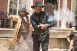 "FIRST LOOK MOVIES OPENING : ""Magnificent Seven"" and ""Storks"" Set to Open"