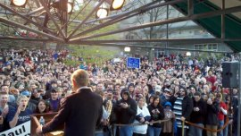 5,200 Voters Attend Ron Paul Town Hall