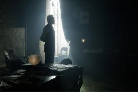 "Spielberg's ""Lincoln"" Induces Suspense, Simple Insight into Complex Legalities"