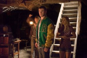 Brilliant Take on Old Tale Enlivens Not for Squeamish 'Cabin in Woods'