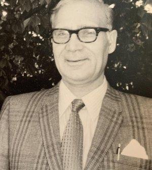 Family establishes the Dr. Hassan Vaziri Memorial Scholarship