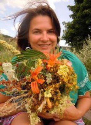 Mimi Hernandez, MS, RH, American Herbalist Guild Executive  Director