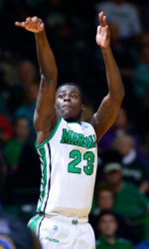 Marshall Loses Late Squeaker to Memphis