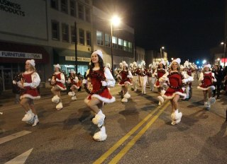 Heavy Rain Expected, Christmas Parade Rescheduled for Dec. 10