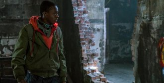 REVIEW.... Captive State Allegory Slowly, Confusingly  Probes Post Space Invasion Chicago