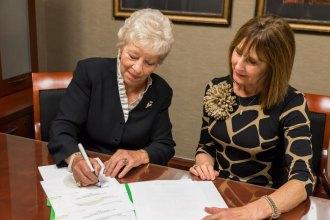 Longtime Marshall supporter establishes scholarship for medical students