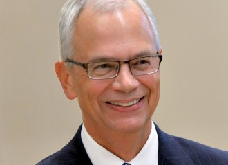 Board of Governors extends  Marshall University president's contract