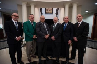 Ohio Valley Bank Recognized for Lifetime Giving to Marshall Foundation