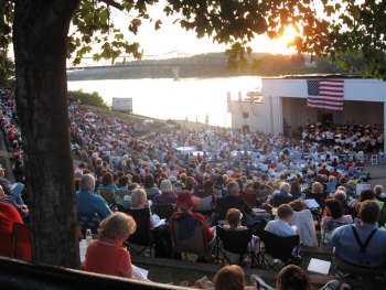 Huntington Symphony Performs in Park