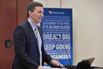 WVU chief economist: Opioid crisis has cost West Virginia nearly $1 billion