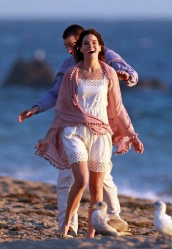 "Chris Evans and Michelle Monaghan Filming a beach scene from ""A Many Splintered Thing"""