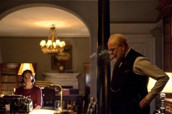 SHELLY'S WORLD: Thus Spake Brave Horatius (and Winston Churchill):  Movie Review of The Darkest Hour