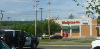 Nothing Found Following Bomb Investigation at Walgreens on First Street