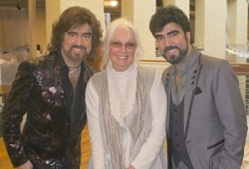 A Sold Out 'All That Glitters' Conference is a Success for Jennifer O'Neill & the Chrisagis Brothers