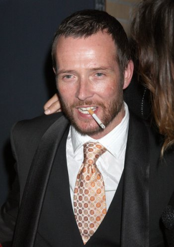 Superstar Scott Weiland's Death and Continuing Addiction Struggles Puts Another Face on Huntington's Battle