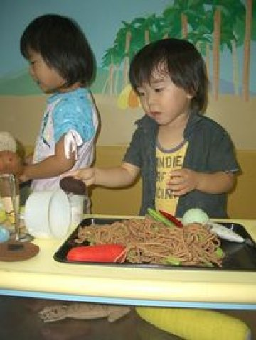 Cooking With Kids: How to Get Your Kids into the Kitchen