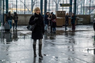 "FIRST LOOK: Jennifer Lawrence Solid Femme Fatale in Brutal, Complex ""Red Sparrow"""