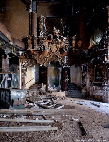 Interior of not preserved Flushing , NY, RKO Keith, the sister theater of Huntington's jewel which open six days after our movie palace.