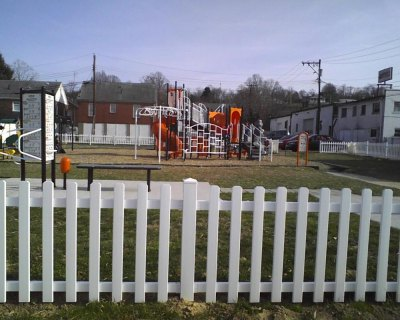 South Charleston rallies as community to make playground improvements