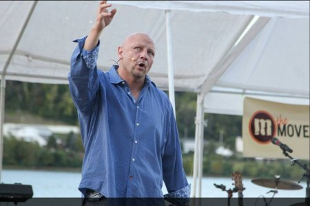 """Keep God First"": Rocky Meadows Is Fighting Huntington's Drug Epidemic"