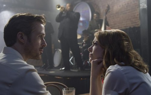 Sebastian (Ryan Gosling) and Mia (Emma Stone) in LA LA LAND. Photo Credit: Dale Robinette