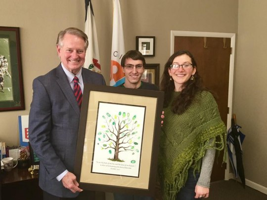 Mayor Williams Receives Gift from Healing Meeting