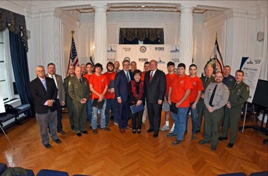 West Virginia students to help revitalize state parks and forests