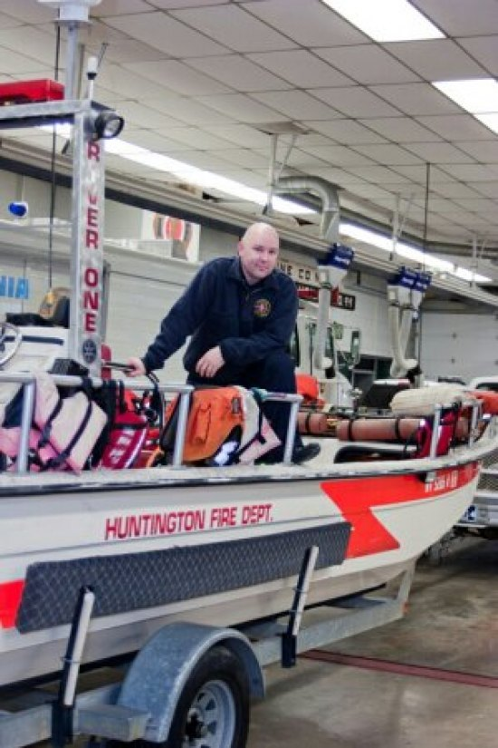 Huntington Fire Department current rescue boat